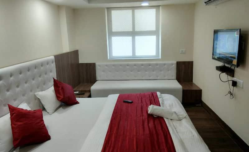 Hotel Arya Palace, MP Nagar, Hotel Arya Palace