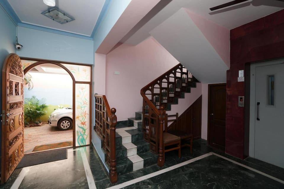 Lloyds Guest House - Krishna Street, T Nagar, T. Nagar, Lloyds Guest House - Krishna Street, T Nagar