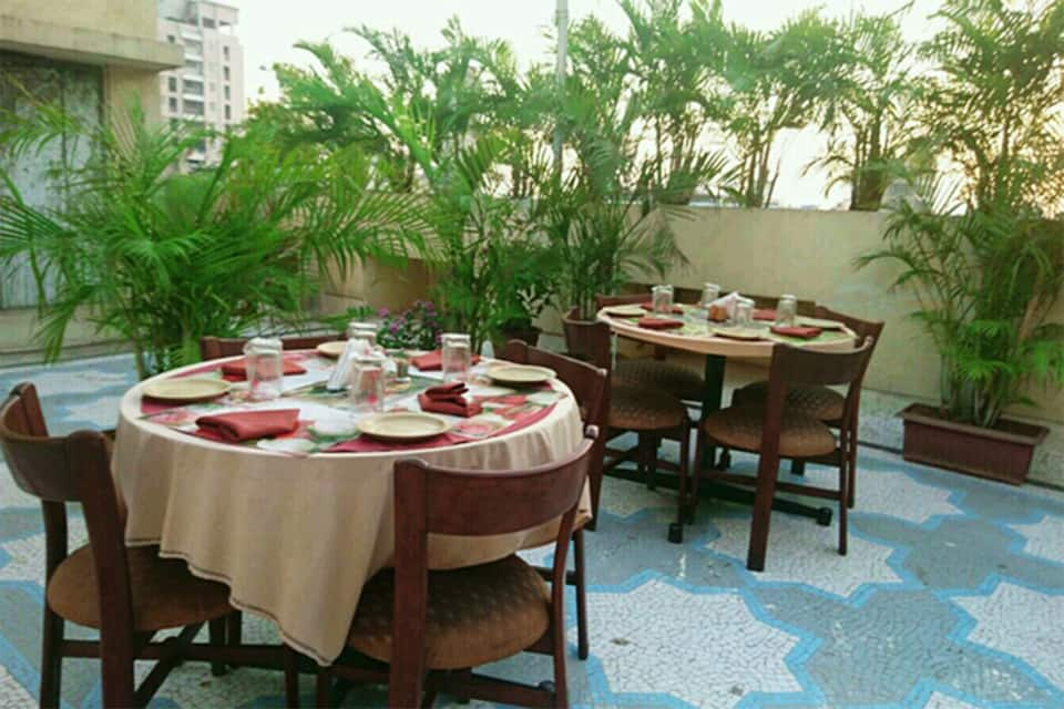 Hotel Mogul Palace, Masjid Bunder, Hotel Mogul Palace