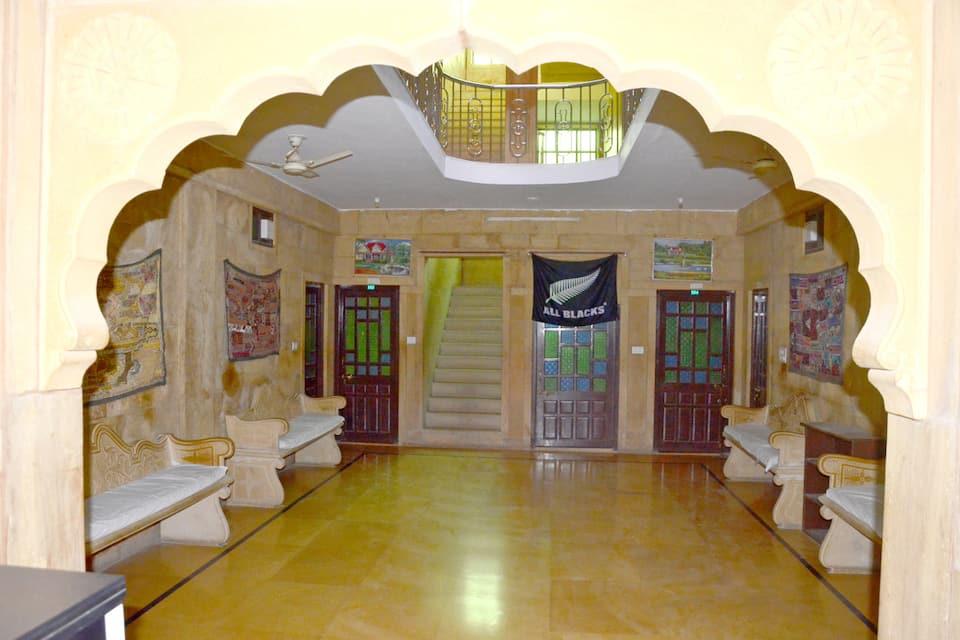 Hotel Marina Mahal, Acalvansi Colony, Hotel Marina Mahal with Dessert Camp