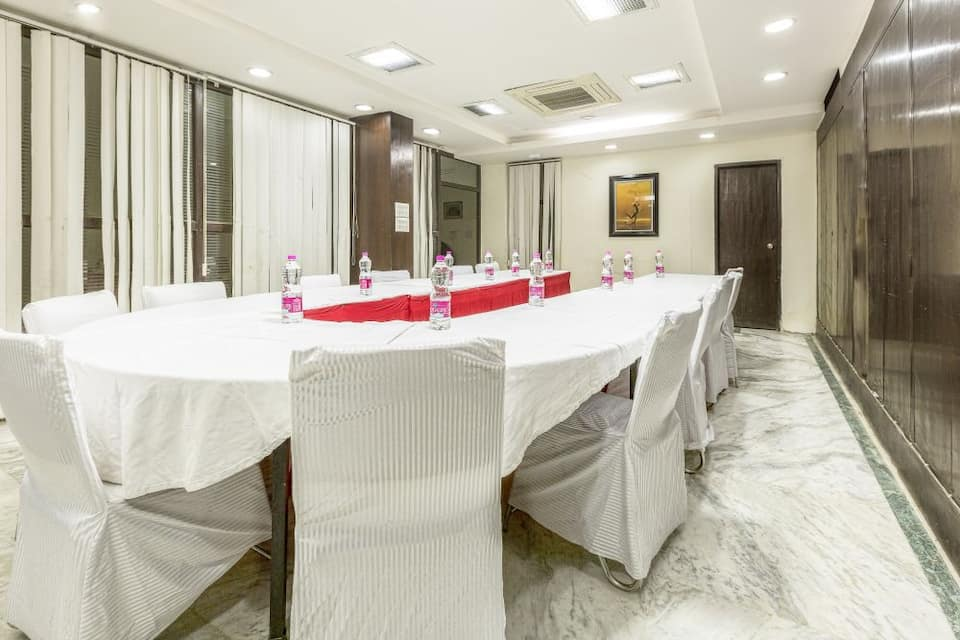 The Zion Residency Inn, DLF Phase III, Treebo Zion Residency Inn