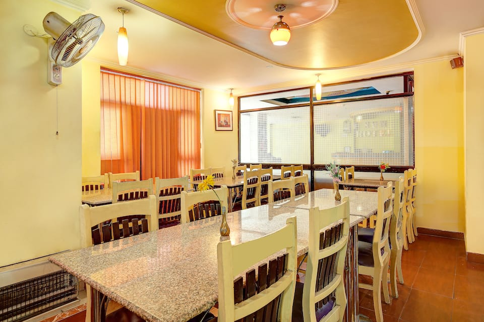 Sun Hotel, Nirajani Akhara Bagh, Sun Hotel