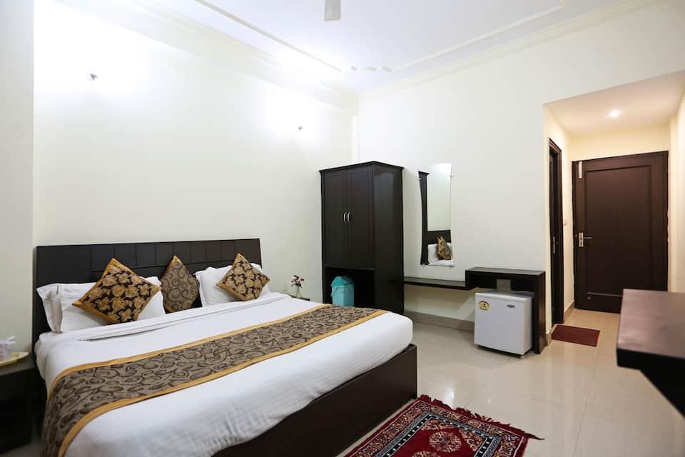 Hotel Bhargav, Railway Road, Hotel Bhargav