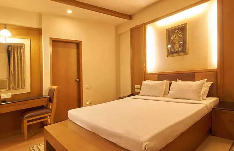 Hotel Roopa, Ashoka Road, Hotel Roopa