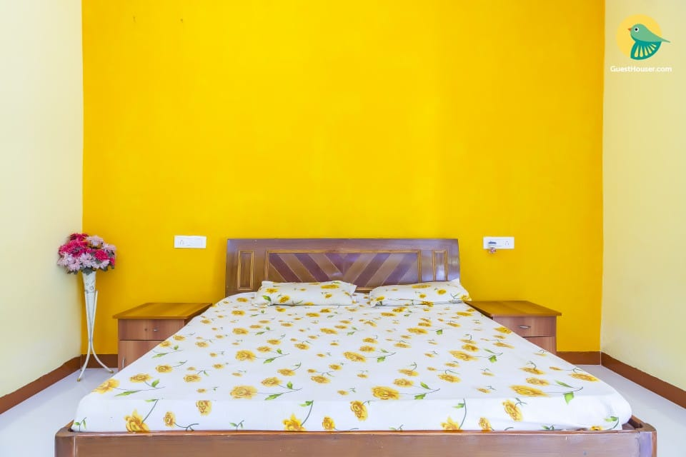 4 Br Bungalow For A Group Holiday in Alibaug - Book Room /night