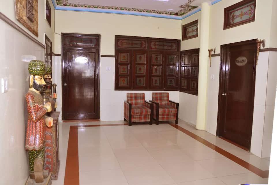 Hotel Vaishnavi, Bani Park, Hotel Vaishnavi
