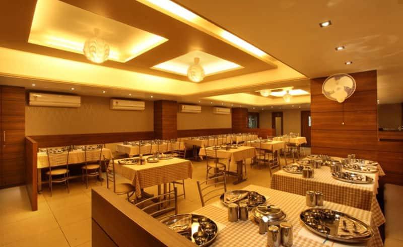 Hotel Classique, Limda Chowk, Hotel Classique