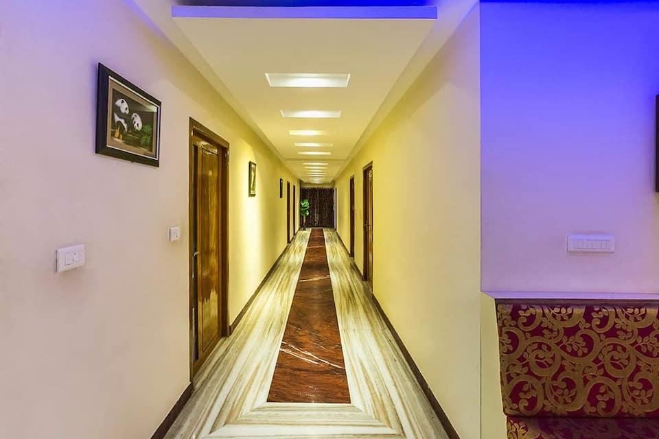 Hotel De Marina, Aberdeen Bazaar, Hotel De Marina