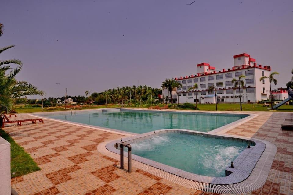 Hotel Girish, Diamond Harbour Road, Hotel Girish