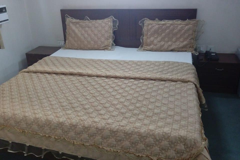 Hotel Devi Palace, Sector 12, Hotel Devi Palace
