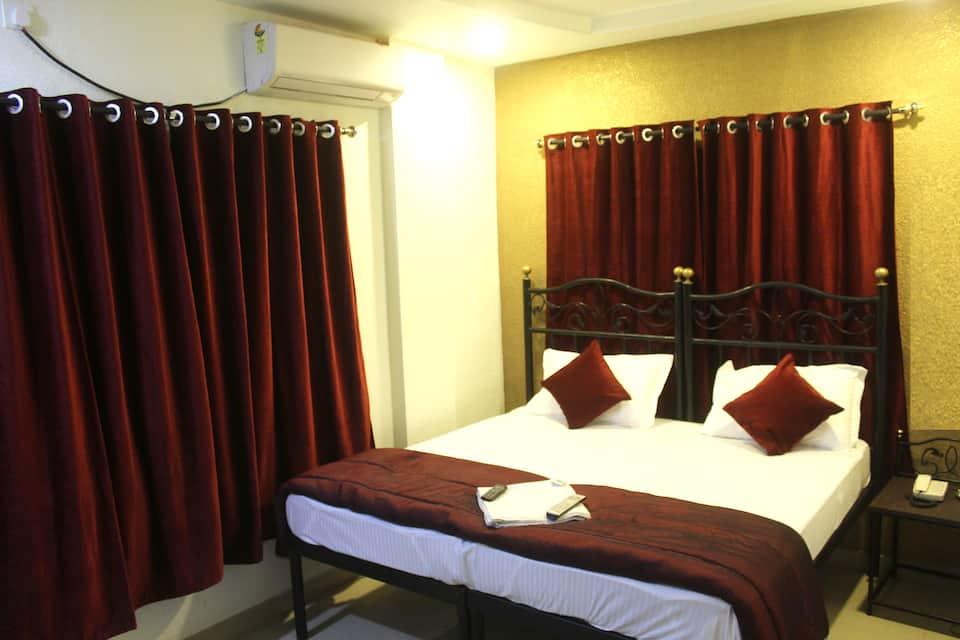 Hotel Preetam, Station Road, Hotel Preetam