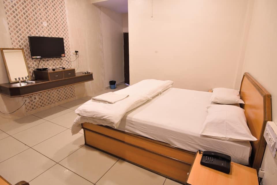 Hotel Anand Palace, MP Nagar, Hotel Anand Palace