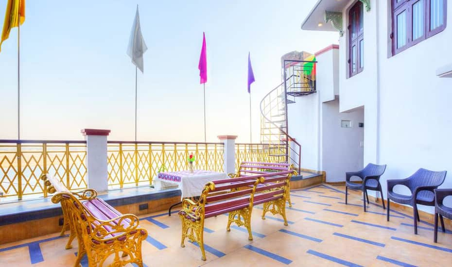 Hotel East View, Dasaswamedh Ghat, Hotel East View
