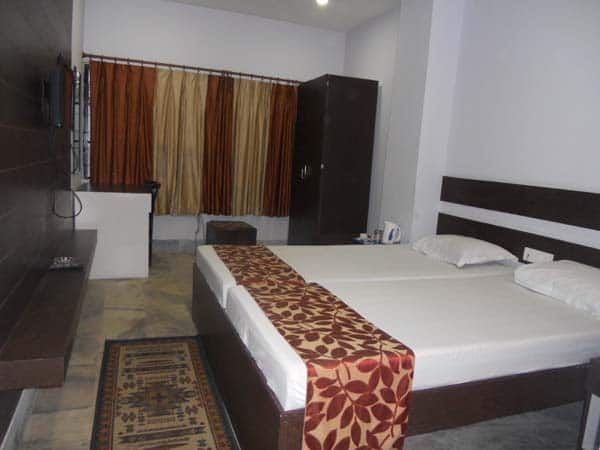 Standard Double Room (AC) with Breakfast