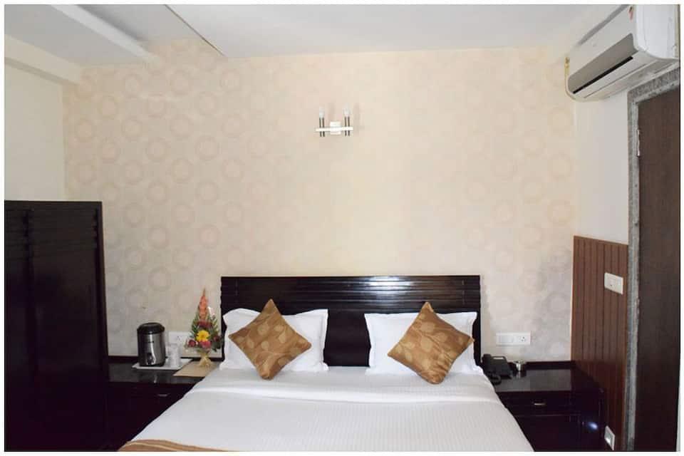 Hotel The Archi, Fateh Sagar Lake, Hotel The Archi