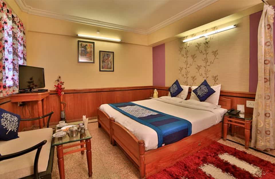 Hotel Krishnalila Regency, Lake Palace Road, Hotel Krishnalila Regency