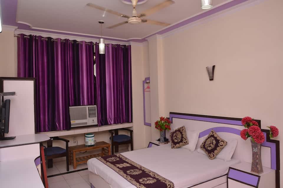 Yatri International Guest House, Paharganj, Yatri International Guest House