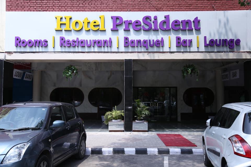 Hotel President, Sector 26, Hotel President