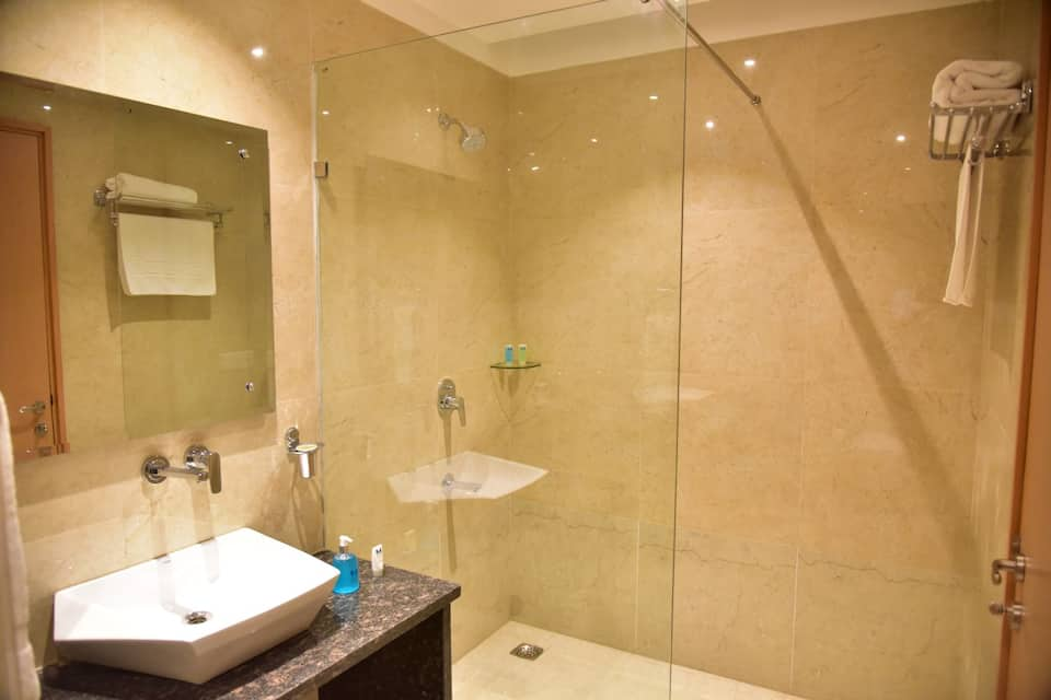 Mint Cyber Suites, DLF Phase II, Mint Cyber Suites