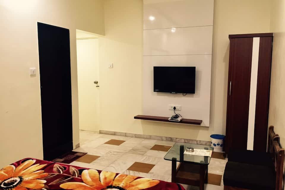 Hotel Bhakti, none, Hotel Bhakti