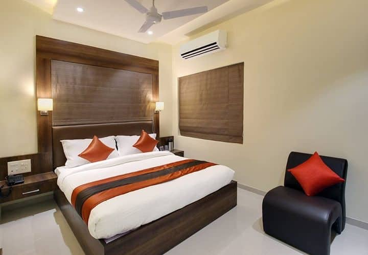A/C Super Deluxe Single Room - Room Only