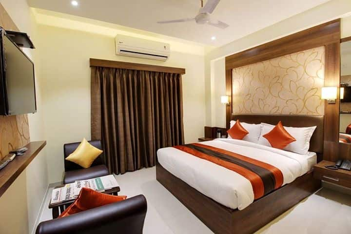 A/C Super Deluxe Double Room - Room Only