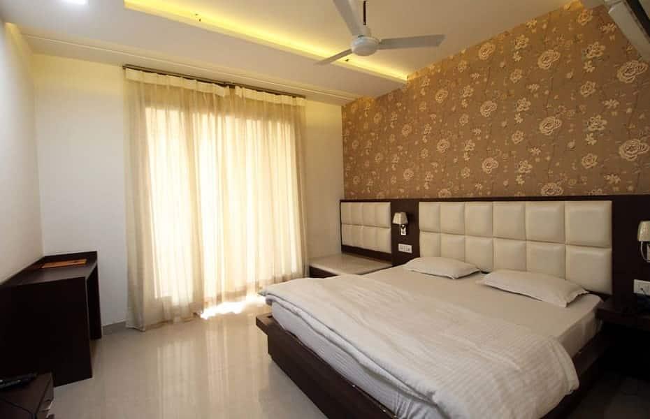 Hotel Areeba, Fatehabad Road, Hotel Areeba