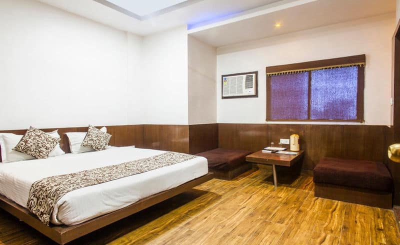 Deluxe Double AC Room Only