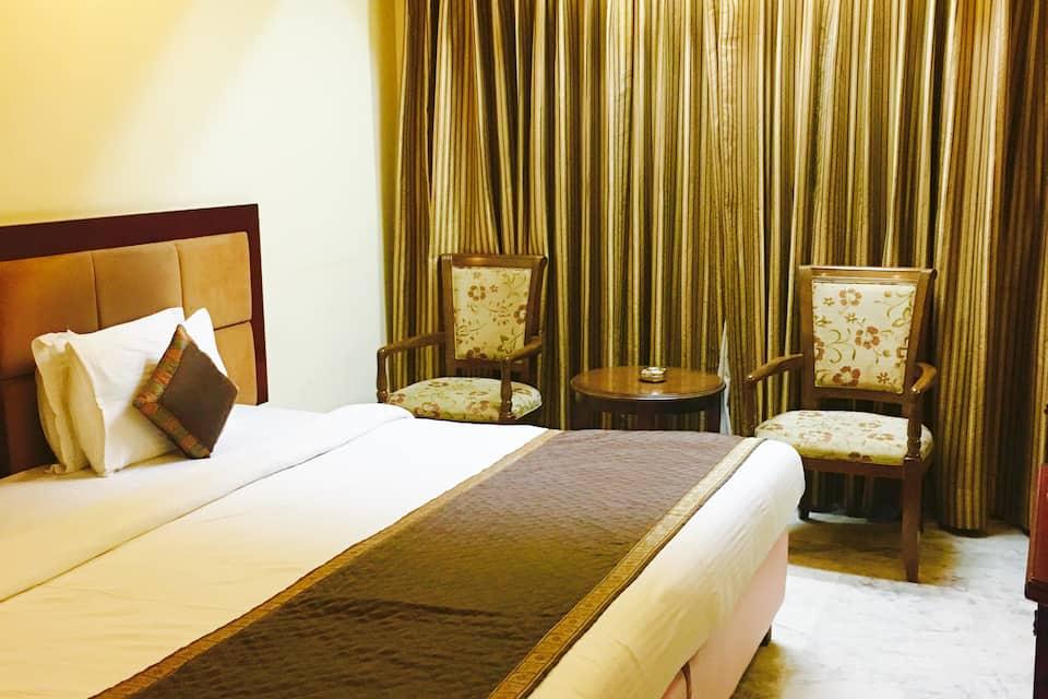 Hotel Kastor International, Chittaranjan Park, Hotel Kastor International