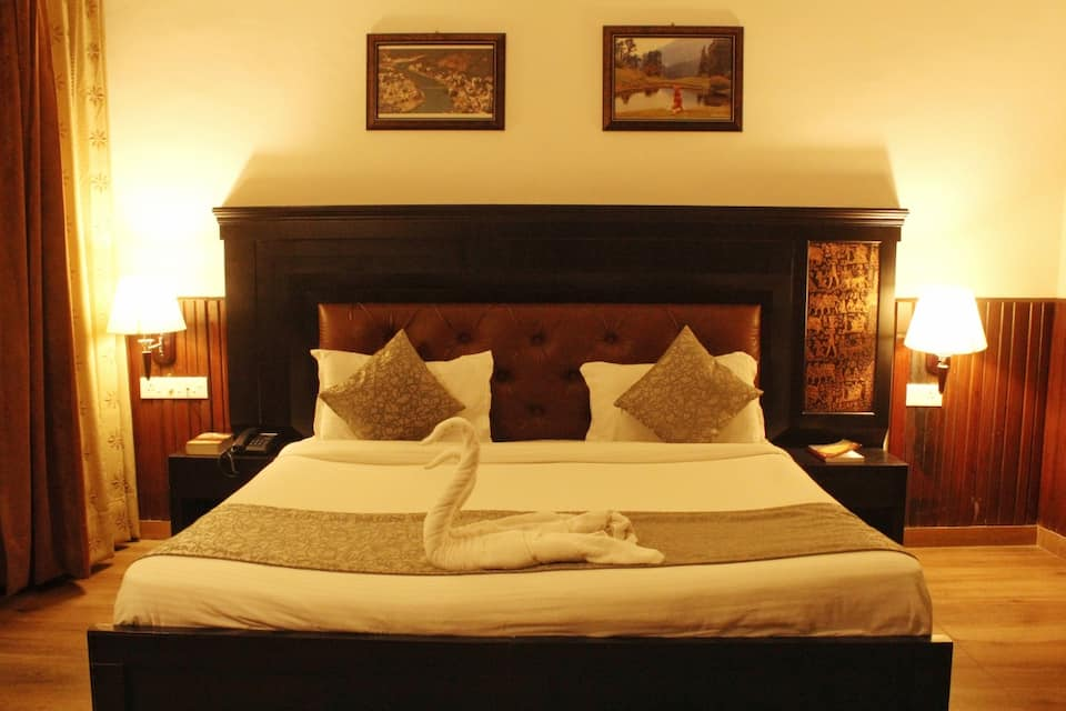 Premium Room with Ganga View Room Only