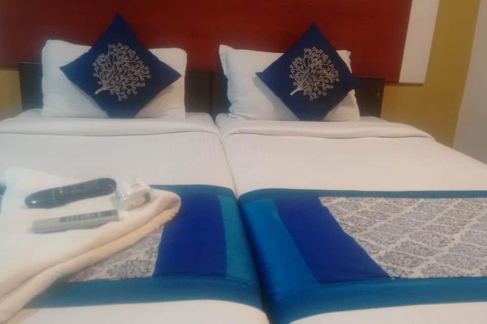 Opera Residency, Adyar, Opera Residency