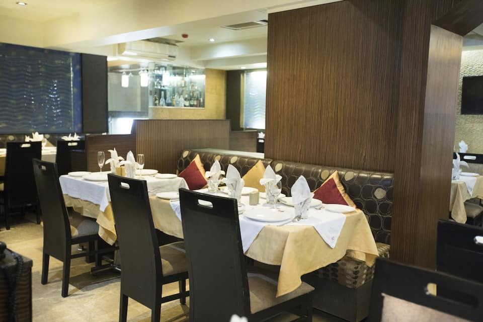 Hotel Sampoorna, Malad West, Hotel Sampoorna
