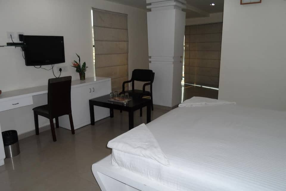The Crown Hotel, Ameerpet, The Crown Hotel