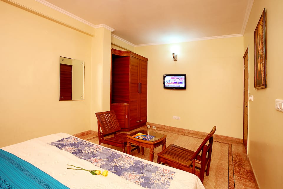 Indira International Inn, Airport Zone, India International Sitare