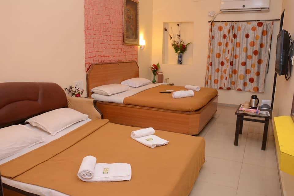 Shanti Villa (Mahabaleshwar), Mahabaleshwar Panchgani Road, Shanti Villa (Mahabaleshwar)