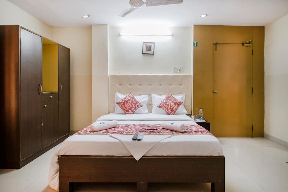 Living Landmark Shine Inn, Banjara Hills, Hotel Sky Blue
