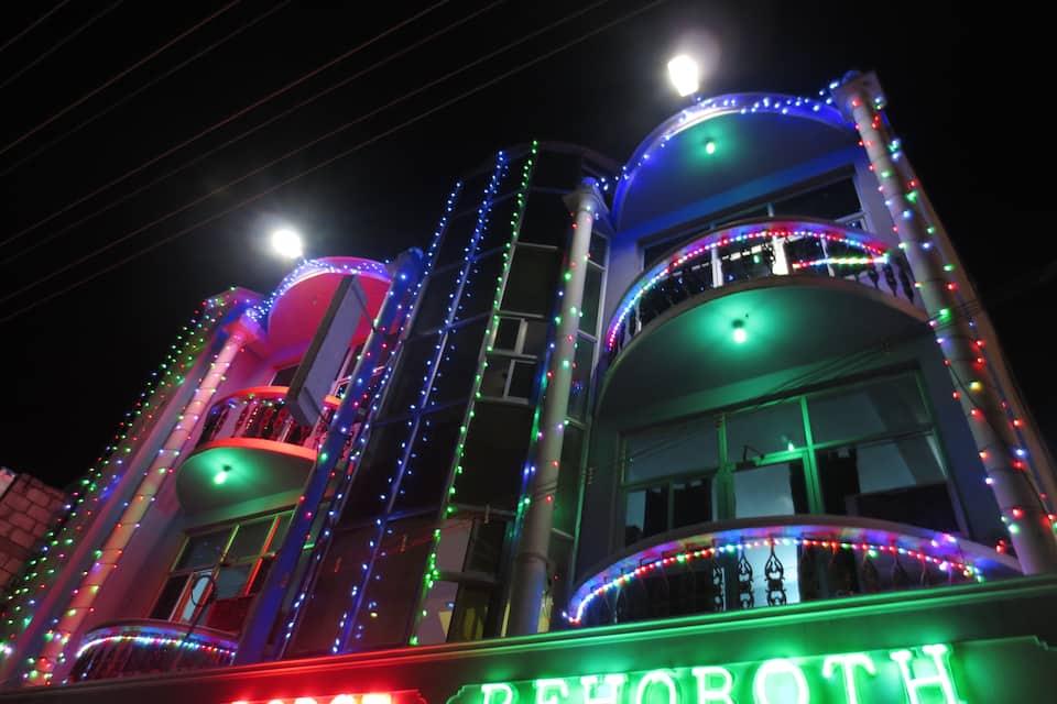 Hotel Rehoboth, Main Road, Hotel Rehoboth