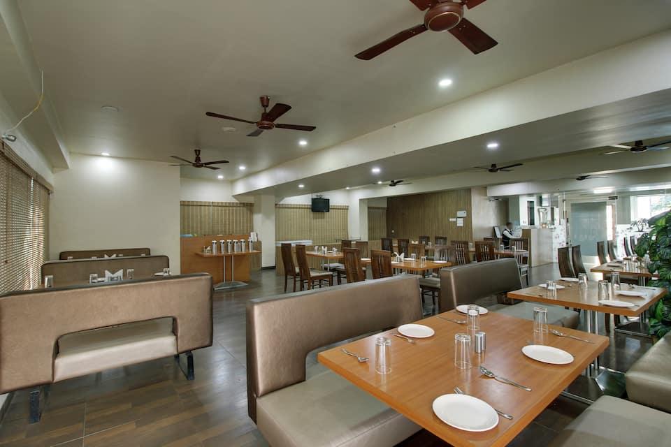 Hotel Sai Miracle, Near Temple, Hotel Sai Miracle