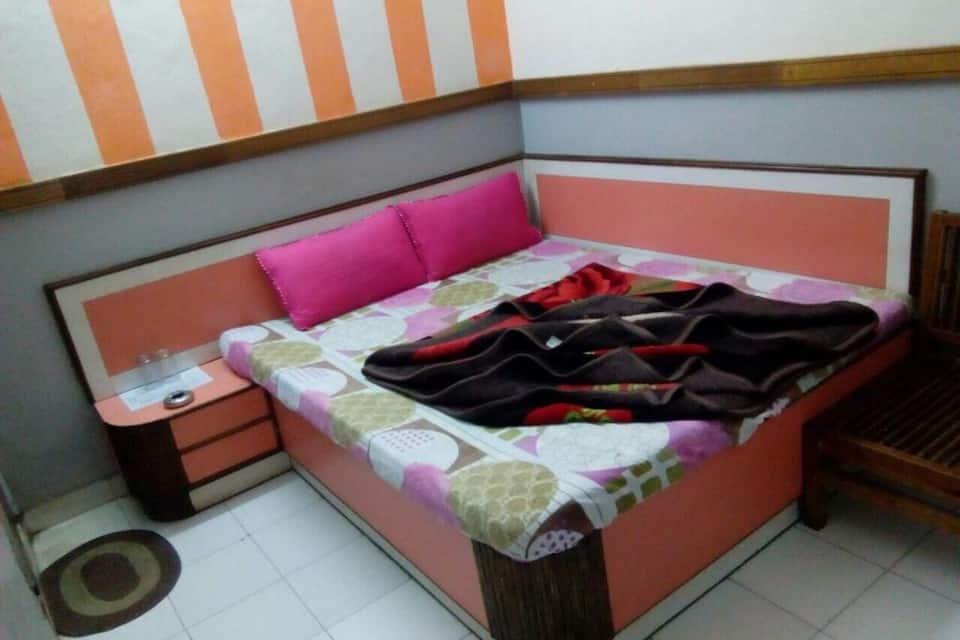 Hotel Bajrang Guest House, Paharganj, Hotel Bajrang