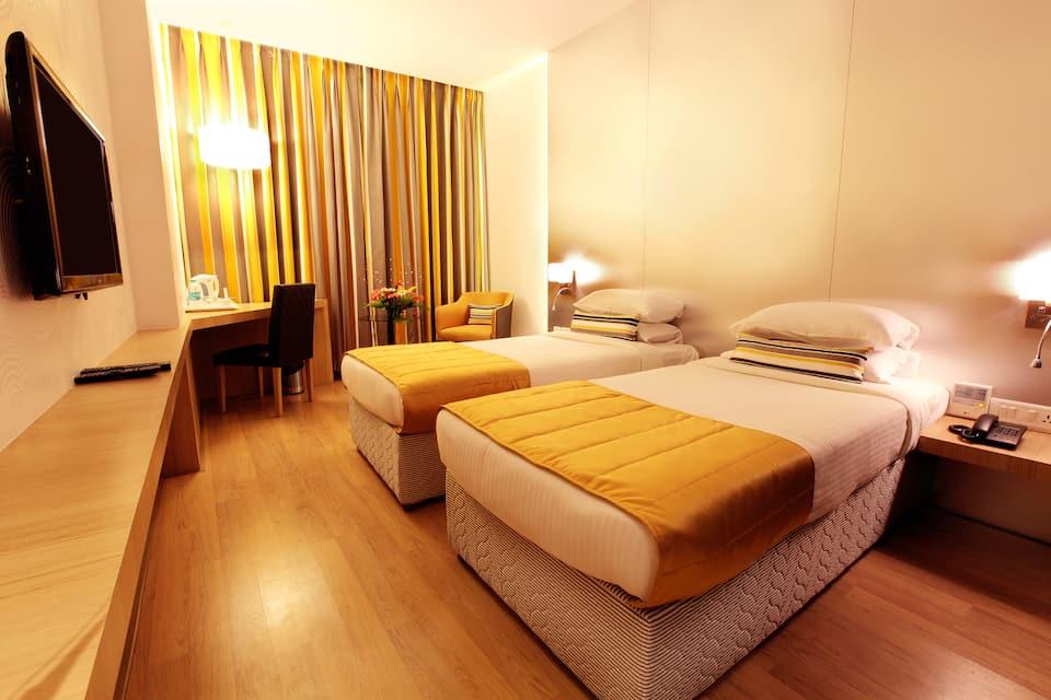 Mumbai Metro - The Executive Hotel, Sakinaka, Mumbai Metro - The Executive Hotel