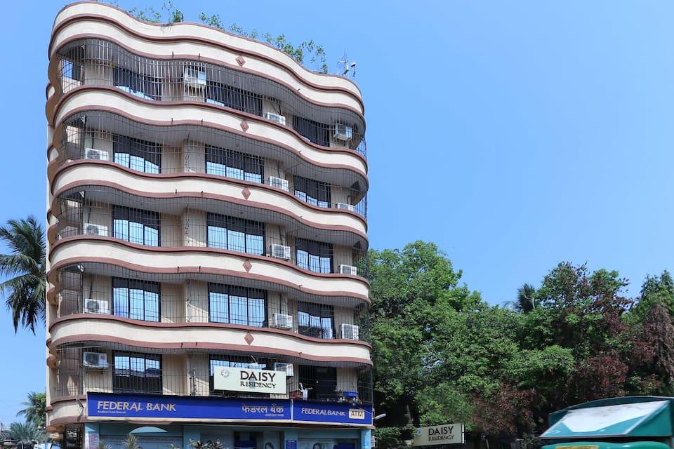 Hotel Daisy Residency, Andheri, Treebo Daisy Residency