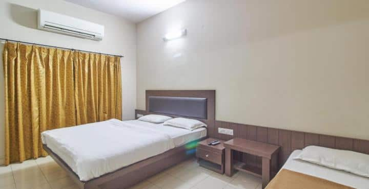 Hotel Airlines, Sayyaji Rao Road, Hotel Airlines