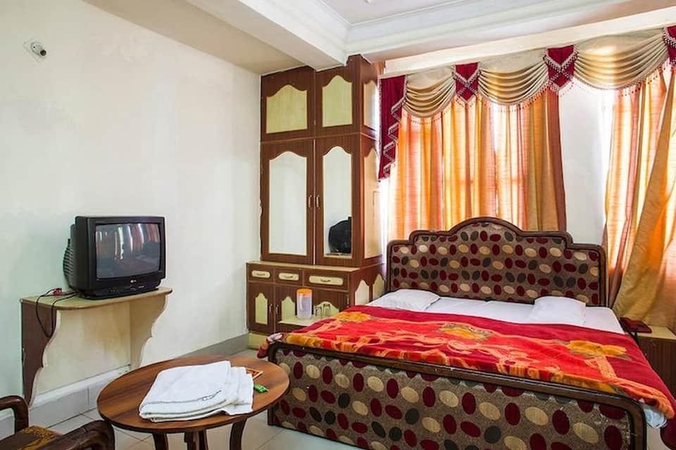 Hotel Sham, Main Bazar, Hotel Sham