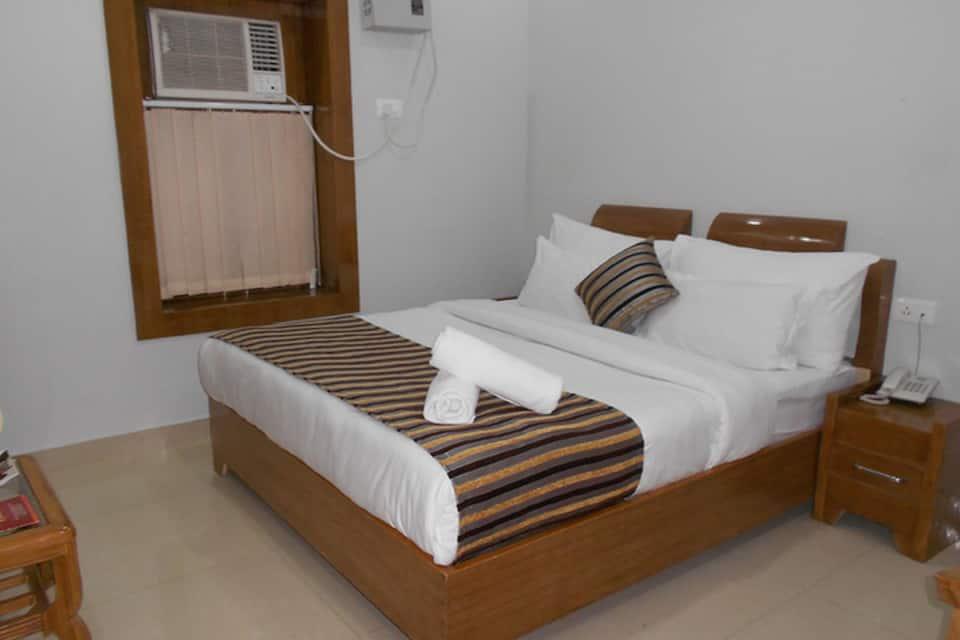 Standard Room- Breakfast