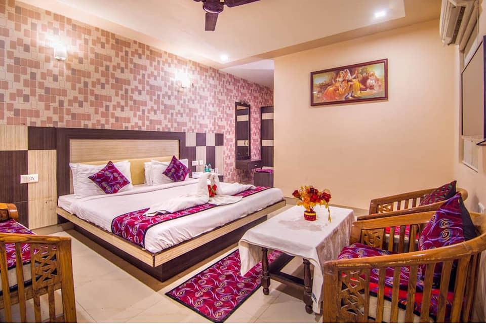 Hotel Ganpati Palace, Bhuteshwar Road, Hotel Ganpati Palace