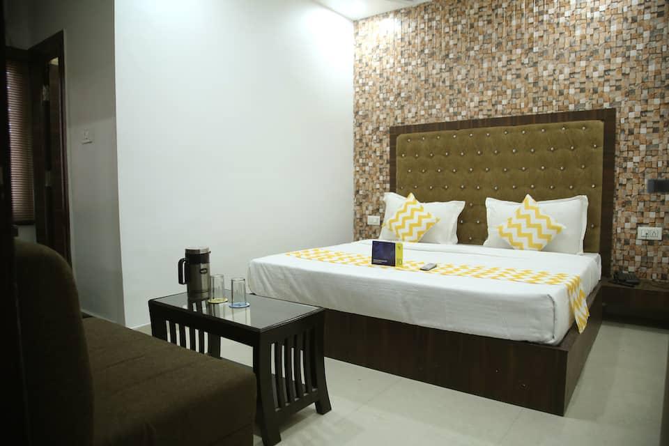Hotel Azaad, , FabHotel Azaad Queens Road