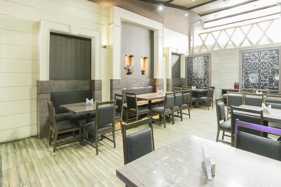 Hotel Bliss, Raja Park, TreeboBliss