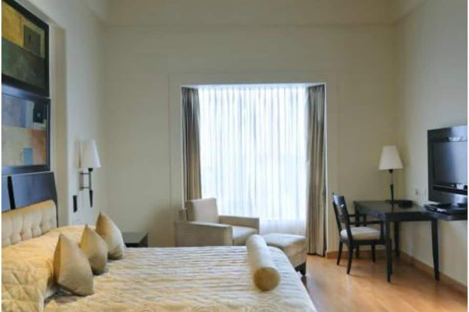 Grand Plaza Double Room With Breakfast