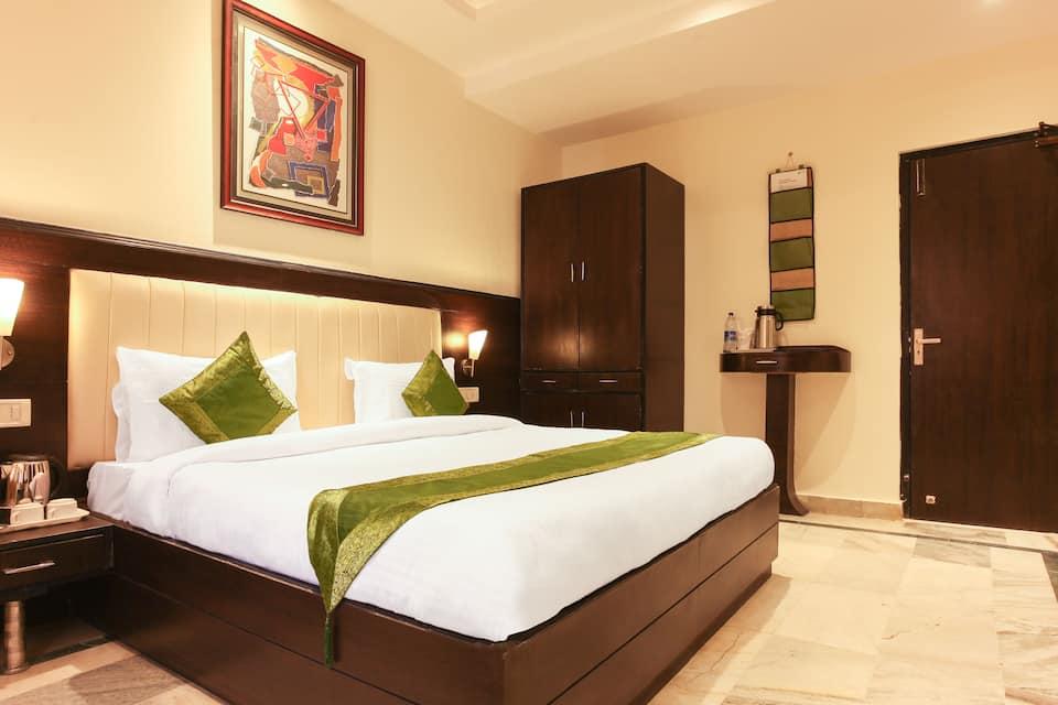Hotel YKS, none, Treebo YKS