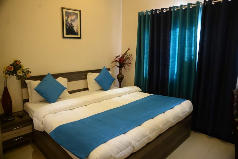 Hotel Divine Destination, Dasaswamedh Ghat, Hotel Divine Destination